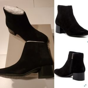 NEW 10 | KENNETH COLE CLASSIC BLACK SUEDE BOOTS